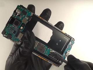 Samsung Galaxy J4+ (2018) J415 Не поступает заряд? Приноси – исправим!
