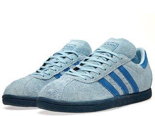 Кроссовки Adidas originals. Adidași.