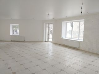 Chirie spațiu comercial (95 m2) in Orhei