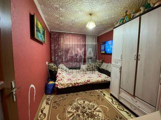 Apartament cu 2 camere în orășelul Sângera - 42 mp