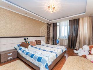 Vânzare apartament cu 4 odăi, str. Ion Dumeniuc 59900 €
