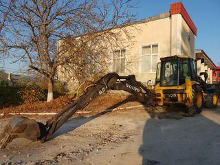 Oferim servicii de excavari si transport la preturi accesibile. Lucram si prin transfer!!!