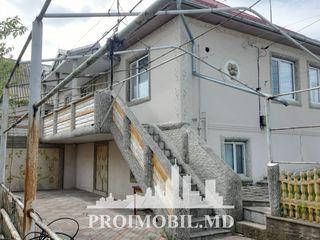 Colonița! casă 2 nivele, 3 camere, stare locativă, autonomă! 273 mp + 8 ari!