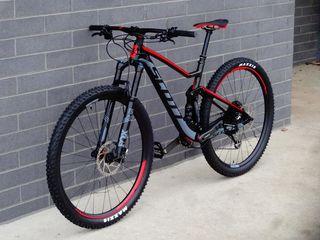 Куплю дорогие топовые MTB,шоссейные велосипеды/Cumpar biciclete top scumpe