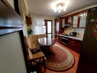 Vânzare apartament cu 3 camere - 98 mp, complet mobilat și utilat! Bloc nou, Buiucani
