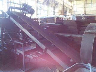Продается новая заводская линия по производству тротуарной плитки.