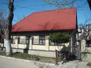 Дом на 2 семьи - 144 кв.м. 4.5сот. (титул) Скулянка,автономное отопление!