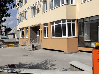 2 -х комнатные квартиры помесячно ,новострой, евроремонт 400 евро