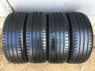 205 / 60 / R16   - Michelin