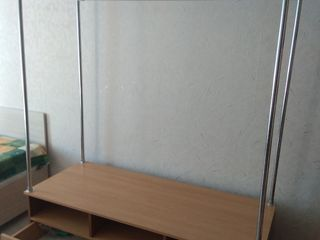 мебель-вешалка 1500 лей