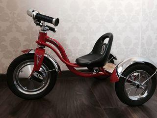 tricicleta pentru copii ,noua din Anglia