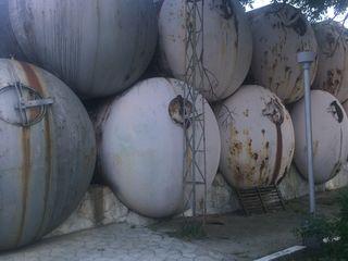 Цистерны,резервуары тостолстенные 50.0 куб/м. Возможно с доставкой