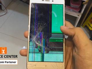 Xiaomi Redmi 3/3S Ecranul sparta -Luăm, reparăm, aducem !!!