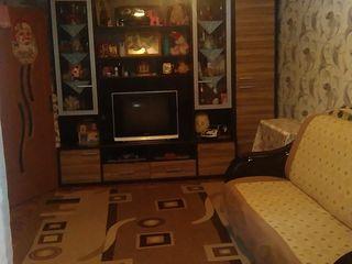 Se vide urgent apartament cu 2 odai la15000 euro
