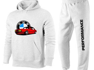 Costum sportiv cu imprimare marca BMW in assortiment 950 lei