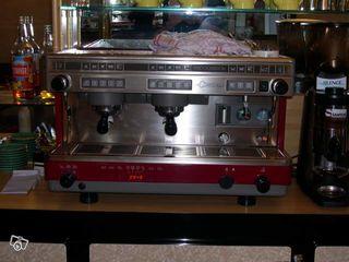 Кофемашина продать купить  cimbali - m30 dosatron  б/у , для бара , ресторана  .
