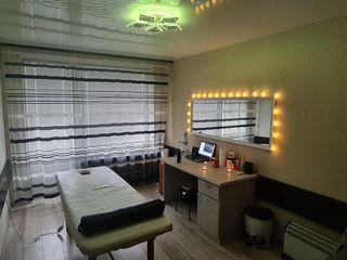 Cabinet nou pentru masaj medicinal cu masor si maseuza