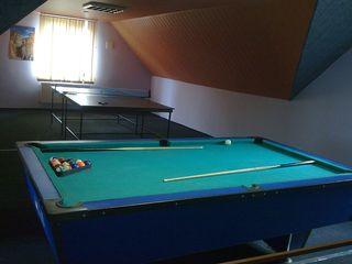 Бильярд,настольный теннис бассейн с джакузи.Сауна на дровах (2 этажа) 3 комнаты отдыха