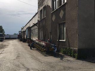 Аренда Бокс 80 кв м для ремонта и покраски автомобилей Бельцы по обьездной возле Tirex