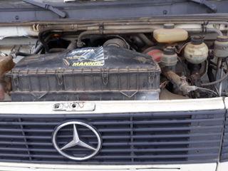 Mercedes 811