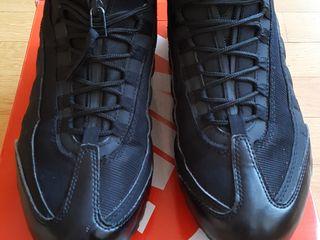 Nike,Adidas Stan Smith
