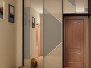 Шкаф-купе с двумя зеркальными дверями и антресолью