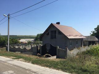 Casa 100m2 raionul Hincesti , s.Bozieni