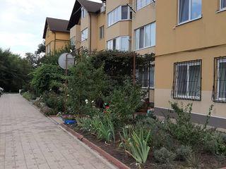 Apartament 2camere 61m satul Floreni bloc nou