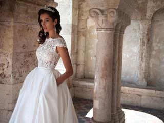 Элегантное и роскошное cвадебное платье. Платье соответствует фотографии