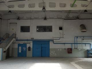 Высокие складские помещения (864 м2 ) в аренду