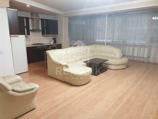 Spre chirie apartament cu 4 odăi, Centru str. Negruzzi 700 €