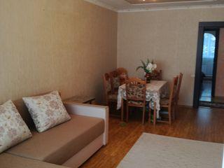 vînd sau schimb apartamentul pe locuință în Chișinău sau preajmă....