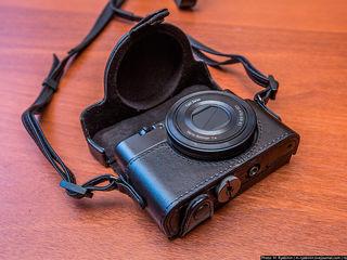 Продам Sony DSC-RX100 в отличном состоянии с чехлом