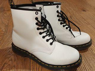 Dr.Martens 1460 8eye ботинки белые