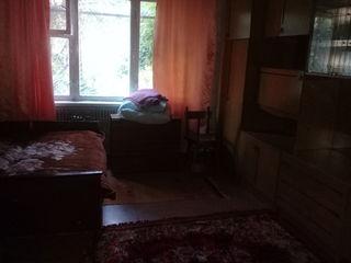 сдается в центре 2 х ком, квартира с мебелью возле линелы