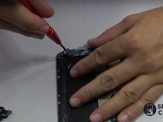 Samsung Galaxy A9 (2018) A920 Не заряжает смартфон, заменим разъем!