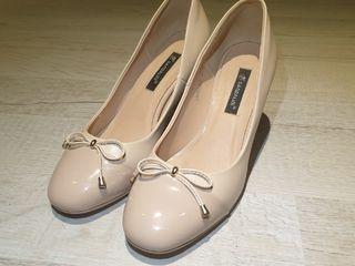 Продам туфли Sandalini