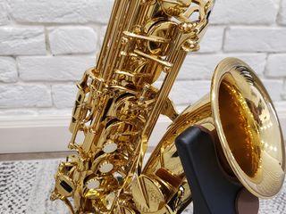 Saxofon yamaha yas-280 pentru profesioniști + cadou!