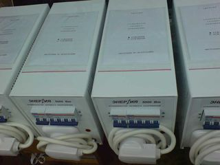 стабилизаторы сетевого напряжения и UPS со встроенными и внешними аккумуляторами для РС и котлов
