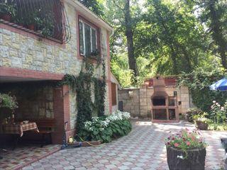 M2-Spre vânzare casă, Vadul-lui-Vodă, 106/mp.