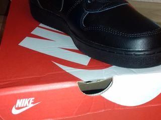 Продам Nike Ebernon Mid