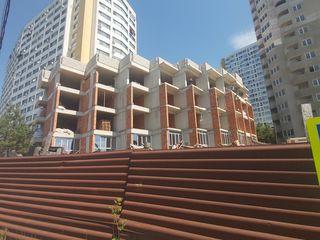 "Apartament ( 45m2)/ stauceni casa tip "" club house"""
