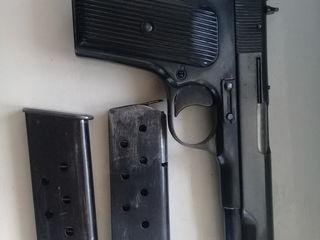 pistol  TT cal.7,62 in stare ideala