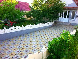 Se vinde casa cu toate serviciile comunale in or.Cainari r.Causeni, strada Vasile Alecsandri 03