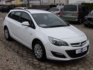 прокат Opel Astra J - бензин, механика, 2016 г.