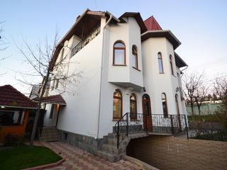 Chirie! Casă în 5 nivele! Rîșcani, str. Zamolxe, 11 odăi, 550 m2, Euroreparație!