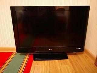 LG 32LH3010 High Definition Full HD Rezolutie 1920 x 1080 pixeli