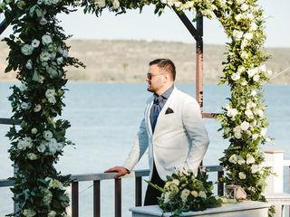 Moderator-solist la nunta,cumatrie,zi de naștere.Ведущий-вокалист на свадьбу,кумэтрию,день рождения.