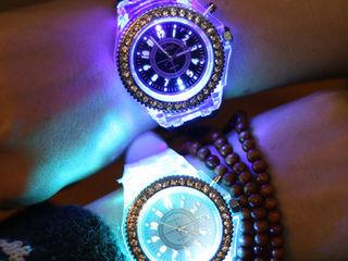 Модные часы женские 159-199 лей отличный подарок