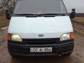 Ford Transit Parus
